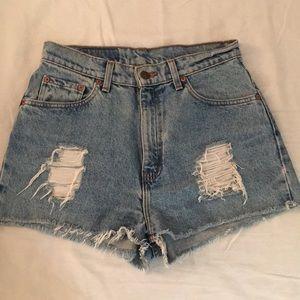 Vintage Levi's high rise distressed denim shorts